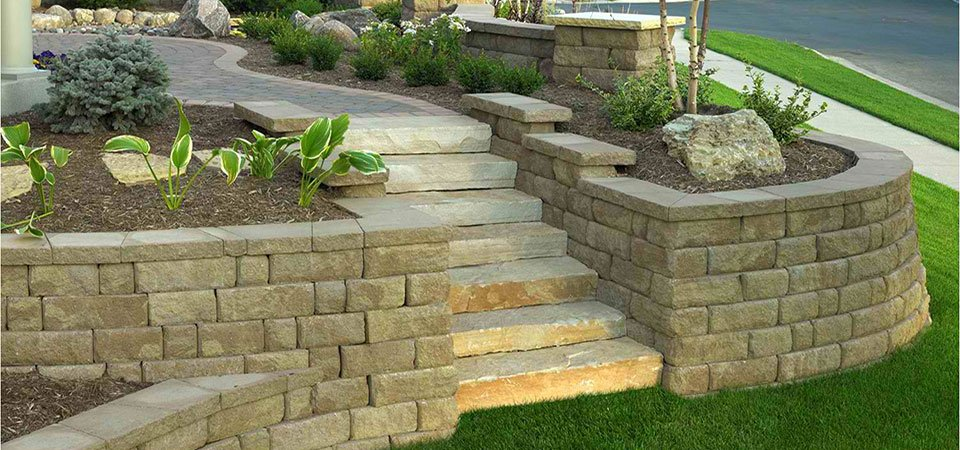 another example of a concrete block retaining wall - Decorative Concrete Block